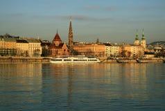 Mening over Buda-bank van Boedapest, Hongarije stock fotografie