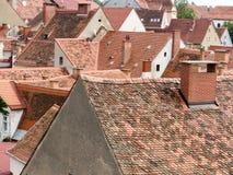 Mening over de daken van de oude stad Graz Stock Foto's