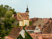 Mening over de daken van de oude stad Graz aan Royalty-vrije Stock Fotografie