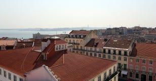 Mening over de daken van het centrum van de stad van Lissabon Royalty-vrije Stock Afbeeldingen