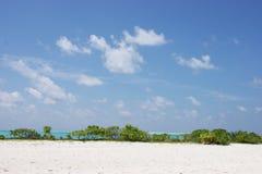 Mening over de Eilanden van de Maldiven van vliegtuig Royalty-vrije Stock Foto's