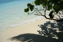 Mening over de Eilanden van de Maldiven van vliegtuig stock foto