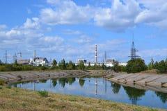 Mening over de elektrische centrale van Tchernobyl Stock Afbeelding