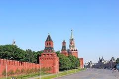 Mening over de gronden Moskou het Kremlin en Rood Vierkant Stock Foto