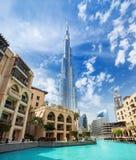 Mening over de hoogte van Burj Khalifa 828 m in Financieel centrum van Doubai, Verenigde Arabische Emiraten stock fotografie