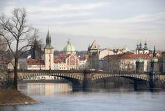 Mening over de rivier Praag Stock Foto's