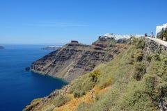 Mening over Fira Santorini, Griekenland met zijn typische witte huizen Stock Foto