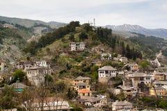 Mening over Gjirokaster, Albanië Stock Foto's