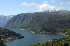 Mening over Hardangerfjord, Noorwegen Royalty-vrije Stock Foto's