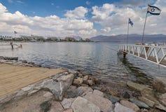 Mening over het centrale strand van Eilat Stock Afbeeldingen