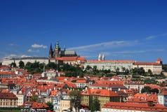 Mening over het kasteel van Praag Stock Afbeelding