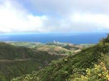 Mening over het kijken Kahakuloa hoofd, Maui Stock Foto's