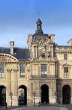 Mening over het Louvre 14 Maart, 2012 in Parijs, Frankrijk Stock Foto