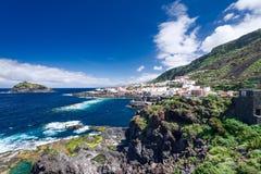 Mening over historisch stadsgarachico Tenerife Eiland Spanje stock foto's