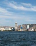 Mening over Izmir de stad in stock fotografie