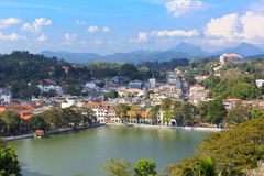 Mening over Kandy-Stad stock foto