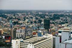 Mening over Nairobi, Kenia, continent van Afrika op een bewolkte dag stock foto's
