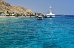 Mening over onderwaterwaarnemingscentrum dichtbij Eilat, Israël Stock Fotografie