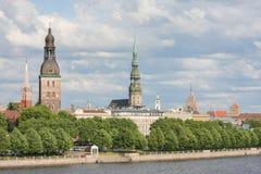 Mening over Riga, Letland Royalty-vrije Stock Afbeeldingen