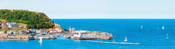 Mening over Scarborough-de haven van de Zuidenbaai in het Noorden Yorskire, Engeland Royalty-vrije Stock Afbeelding