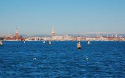 Mening over Venetië van Lido-eiland, Italië Royalty-vrije Stock Foto's