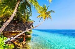 Mening in tropisch hotel Ranveli, de Maldiven Stock Afbeeldingen