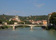 Mening van Adige-rivier verona Royalty-vrije Stock Foto's