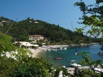 Mening van Agni Strand, Korfu Stock Foto's