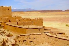 Mening van Ait Ben Haddou en Woestijn, Marokko Stock Foto