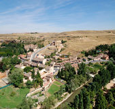 Mening van Alcazar van Segovia, Kerkde La Vera Cruz Royalty-vrije Stock Afbeelding