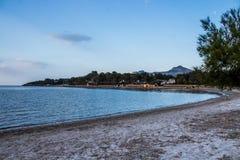 Mening van alcudia Mallorca Strand in Mallorca stock afbeelding