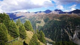 Mening van Alpen Stock Afbeeldingen