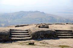 Mening van berg van open die platform met trappen in rots in de holstad worden gehouwen van Uplistsikhe Stock Foto's