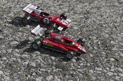 Mening van beroemde Italiaanse formuleauto's op het asfalt Stock Fotografie