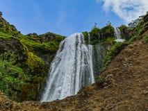 Mening van beroemde krachtige gljufrabuicascade in IJsland royalty-vrije stock foto