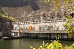 Mening van Bhumibol-Dam, Tak-provincie, Thailand Royalty-vrije Stock Foto's