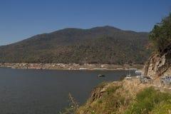 Mening van Bhumibol-Dam, Tak-provincie, Thailand Royalty-vrije Stock Foto