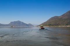 Mening van Bhumibol-Dam, Tak-provincie, Thailand Royalty-vrije Stock Fotografie