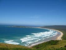Mening van blauwe Vreedzame oceaan, Nieuw Zeeland Stock Fotografie