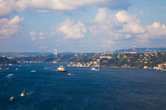 Mening van Bosphorus en Istanboel Stock Foto