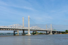 Mening van Bruggen op de Rivier van Ohio in Louisville, Kentucky Royalty-vrije Stock Fotografie