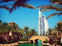 Mening van Burj Al Arab - Toren van de Arabieren Stock Foto