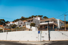 Mening van Cascais-Straten, Portugal Stock Foto