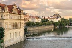 Mening van Charles Bridge in Praag Royalty-vrije Stock Fotografie