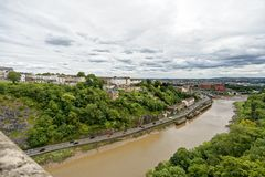 Mening van cliftonhangbrug naar het centrum van Bristol Royalty-vrije Stock Foto's