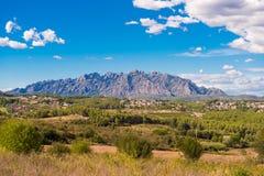 Mening van de berg van Montserrat, Catalunya, Spanje Exemplaarruimte voor tekst Stock Foto