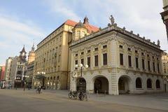 Mening van de bouw en Grandhotel Handelshof van Alte Borse op Salzgasschen-straat in Leipzig Royalty-vrije Stock Fotografie
