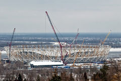 Mening van de bouw van een nieuw voetbalstadion voor de wereld Royalty-vrije Stock Afbeelding