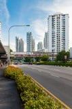 Mening van de elegante flats in Singapore royalty-vrije stock afbeelding