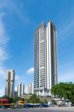 Mening van de elegante flats in Singapore stock afbeeldingen